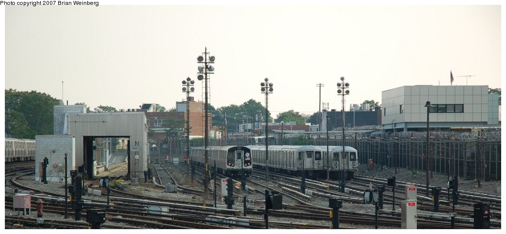 (161k, 1044x483)<br><b>Country:</b> United States<br><b>City:</b> New York<br><b>System:</b> New York City Transit<br><b>Location:</b> Rockaway Parkway (Canarsie) Yard<br><b>Car:</b> R-143 (Kawasaki, 2001-2002)  <br><b>Photo by:</b> Brian Weinberg<br><b>Date:</b> 5/28/2007<br><b>Viewed (this week/total):</b> 0 / 2731