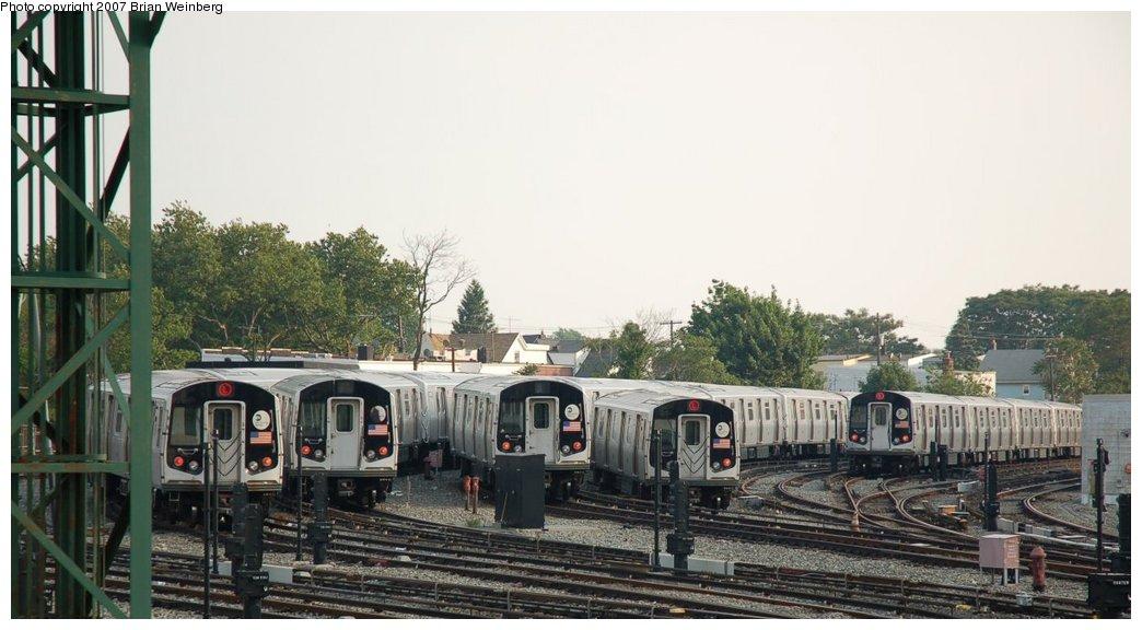 (185k, 1044x576)<br><b>Country:</b> United States<br><b>City:</b> New York<br><b>System:</b> New York City Transit<br><b>Location:</b> Rockaway Parkway (Canarsie) Yard<br><b>Car:</b> R-143 (Kawasaki, 2001-2002)  <br><b>Photo by:</b> Brian Weinberg<br><b>Date:</b> 5/28/2007<br><b>Viewed (this week/total):</b> 1 / 2343