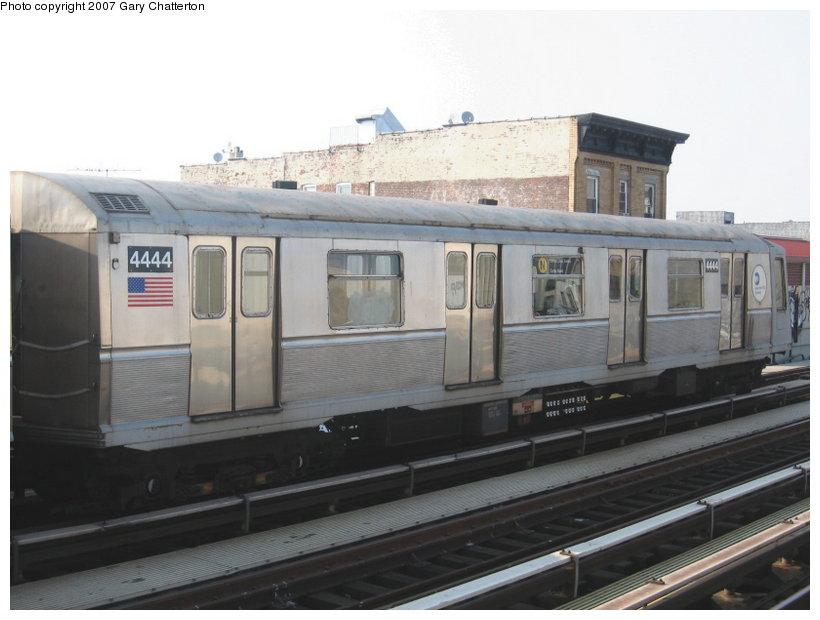 (84k, 820x620)<br><b>Country:</b> United States<br><b>City:</b> New York<br><b>System:</b> New York City Transit<br><b>Line:</b> BMT Astoria Line<br><b>Location:</b> 39th/Beebe Aves. <br><b>Route:</b> N<br><b>Car:</b> R-40 (St. Louis, 1968)  4444 <br><b>Photo by:</b> Gary Chatterton<br><b>Date:</b> 5/27/2007<br><b>Viewed (this week/total):</b> 5 / 1841