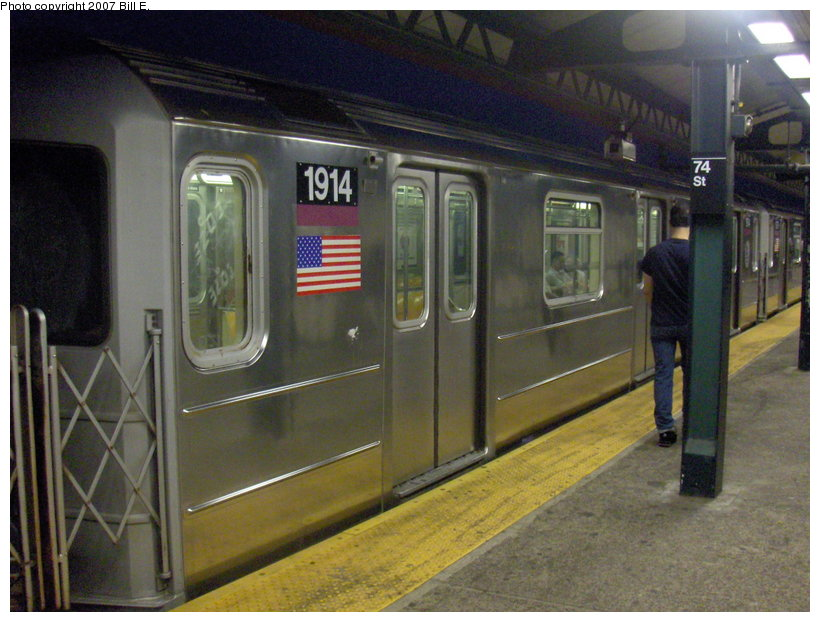 (114k, 820x622)<br><b>Country:</b> United States<br><b>City:</b> New York<br><b>System:</b> New York City Transit<br><b>Line:</b> IRT Flushing Line<br><b>Location:</b> 74th Street/Broadway <br><b>Route:</b> 7<br><b>Car:</b> R-62A (Bombardier, 1984-1987)  1914 <br><b>Photo by:</b> Bill E.<br><b>Date:</b> 5/31/2007<br><b>Viewed (this week/total):</b> 0 / 2237