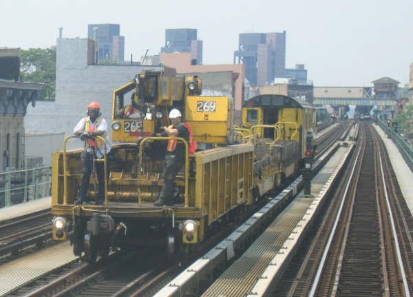 (39k, 600x431)<br><b>Country:</b> United States<br><b>City:</b> New York<br><b>System:</b> New York City Transit<br><b>Line:</b> BMT Nassau Street/Jamaica Line<br><b>Location:</b> Kosciuszko Street <br><b>Route:</b> Work Service<br><b>Car:</b> R-113 Crane Car  269 <br><b>Photo by:</b> Professor J<br><b>Date:</b> 6/1/2007<br><b>Viewed (this week/total):</b> 0 / 2623