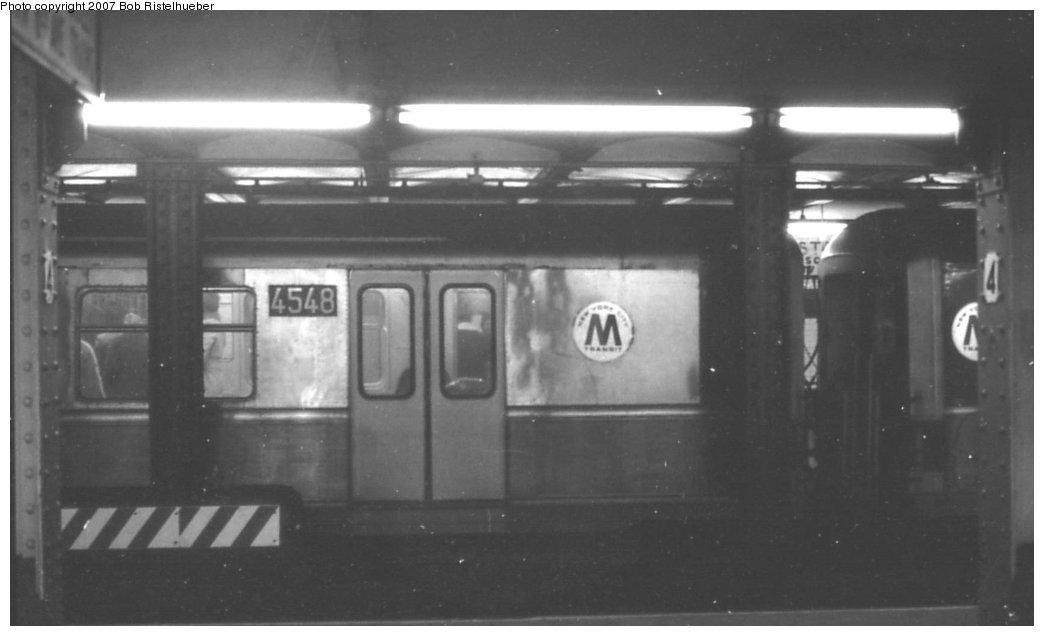 (84k, 1044x636)<br><b>Country:</b> United States<br><b>City:</b> New York<br><b>System:</b> New York City Transit<br><b>Line:</b> IND 6th Avenue Line<br><b>Location:</b> West 4th Street/Washington Square <br><b>Car:</b> R-40M (St. Louis, 1969)  4548 <br><b>Photo by:</b> Bob Ristelhueber<br><b>Date:</b> 1979<br><b>Viewed (this week/total):</b> 1 / 3298