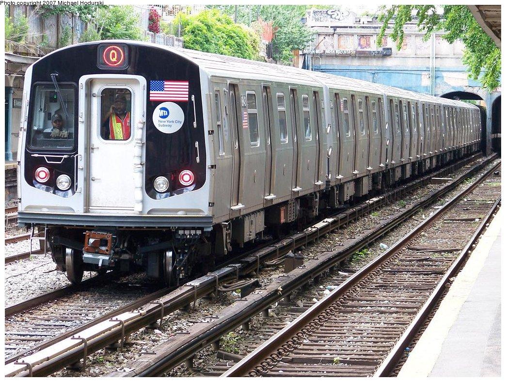 (311k, 1044x788)<br><b>Country:</b> United States<br><b>City:</b> New York<br><b>System:</b> New York City Transit<br><b>Line:</b> BMT Sea Beach Line<br><b>Location:</b> 18th Avenue <br><b>Car:</b> R-160B (Kawasaki, 2005-2008)  8843 <br><b>Photo by:</b> Michael Hodurski<br><b>Date:</b> 6/6/2007<br><b>Viewed (this week/total):</b> 0 / 2430