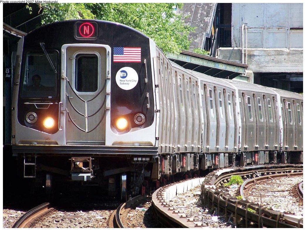 (268k, 1044x788)<br><b>Country:</b> United States<br><b>City:</b> New York<br><b>System:</b> New York City Transit<br><b>Line:</b> BMT Sea Beach Line<br><b>Location:</b> 8th Avenue <br><b>Route:</b> N<br><b>Car:</b> R-160A-2 (Alstom, 2005-2008, 5 car sets)  8662 <br><b>Photo by:</b> Michael Hodurski<br><b>Date:</b> 6/7/2007<br><b>Viewed (this week/total):</b> 0 / 2169