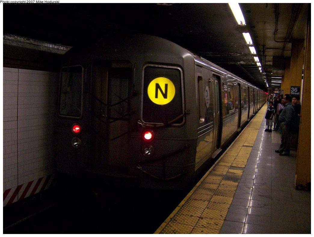 (139k, 1044x788)<br><b>Country:</b> United States<br><b>City:</b> New York<br><b>System:</b> New York City Transit<br><b>Line:</b> BMT 4th Avenue<br><b>Location:</b> 36th Street <br><b>Route:</b> N<br><b>Car:</b> R-68A (Kawasaki, 1988-1989)  5026 <br><b>Photo by:</b> Michael Hodurski<br><b>Date:</b> 6/7/2007<br><b>Viewed (this week/total):</b> 0 / 3390