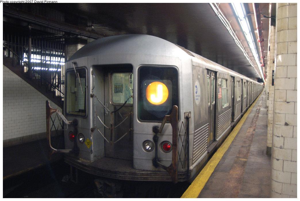(187k, 1044x701)<br><b>Country:</b> United States<br><b>City:</b> New York<br><b>System:</b> New York City Transit<br><b>Line:</b> BMT Nassau Street/Jamaica Line<br><b>Location:</b> Chambers Street <br><b>Route:</b> J<br><b>Car:</b> R-42 (St. Louis, 1969-1970)  4803 <br><b>Photo by:</b> David Pirmann<br><b>Date:</b> 6/9/2007<br><b>Viewed (this week/total):</b> 0 / 2162