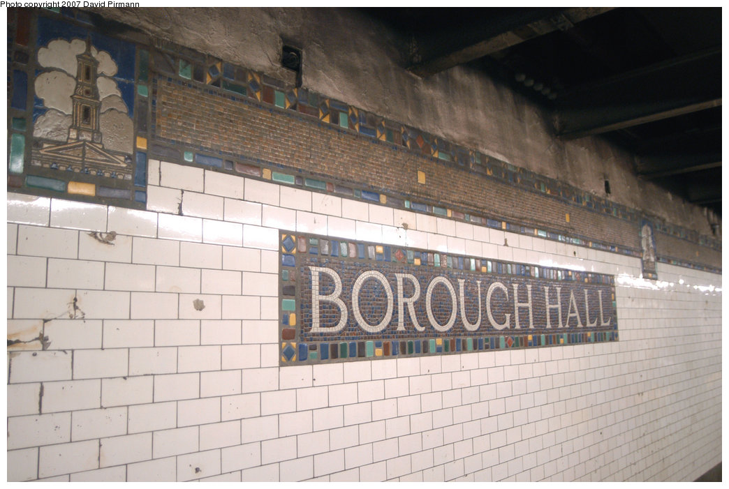 (193k, 1044x701)<br><b>Country:</b> United States<br><b>City:</b> New York<br><b>System:</b> New York City Transit<br><b>Line:</b> IRT Brooklyn Line<br><b>Location:</b> Borough Hall (West Side Branch) <br><b>Photo by:</b> David Pirmann<br><b>Date:</b> 6/9/2007<br><b>Notes:</b> Mosaic at 2/3 Borough Hall station lower level.<br><b>Viewed (this week/total):</b> 0 / 1797