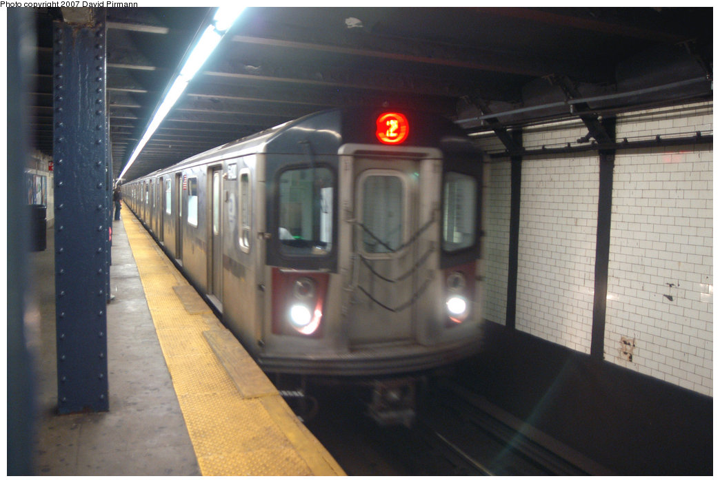 (176k, 1044x701)<br><b>Country:</b> United States<br><b>City:</b> New York<br><b>System:</b> New York City Transit<br><b>Line:</b> IRT Brooklyn Line<br><b>Location:</b> Borough Hall (West Side Branch) <br><b>Route:</b> 2<br><b>Car:</b> R-142 (Primary Order, Bombardier, 1999-2002)  6400 <br><b>Photo by:</b> David Pirmann<br><b>Date:</b> 6/9/2007<br><b>Notes:</b> Southbound 2 train at Boro Hall.<br><b>Viewed (this week/total):</b> 2 / 4758
