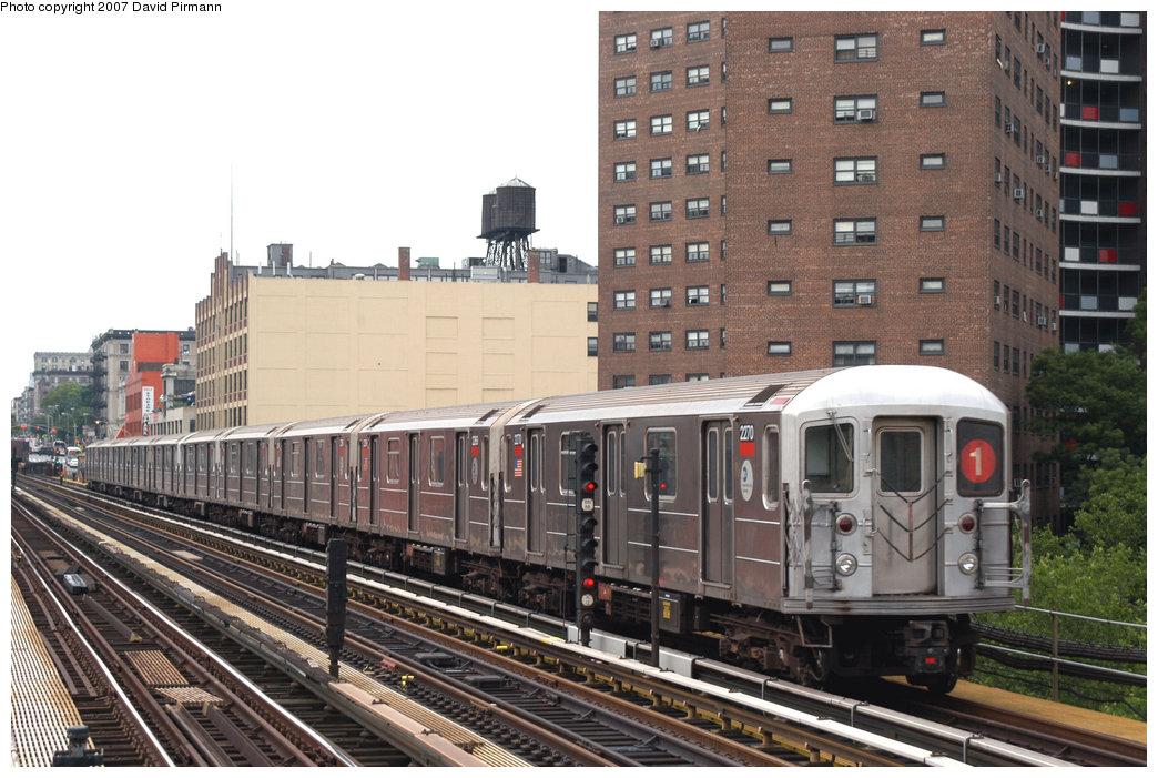 (238k, 1044x701)<br><b>Country:</b> United States<br><b>City:</b> New York<br><b>System:</b> New York City Transit<br><b>Line:</b> IRT West Side Line<br><b>Location:</b> 125th Street <br><b>Route:</b> 1<br><b>Car:</b> R-62A (Bombardier, 1984-1987)  2270 <br><b>Photo by:</b> David Pirmann<br><b>Date:</b> 6/9/2007<br><b>Viewed (this week/total):</b> 1 / 1694