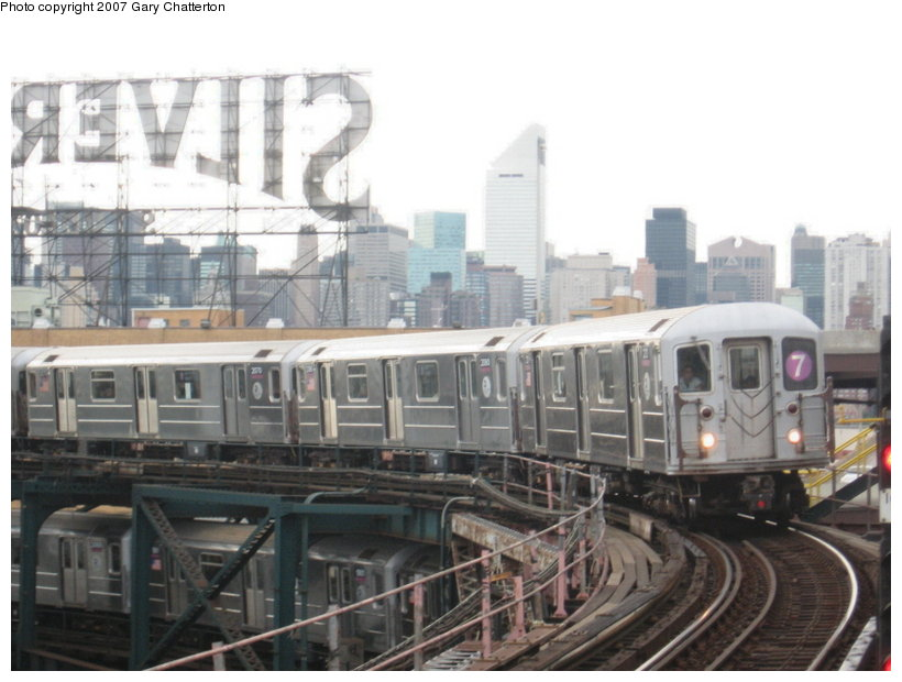 (97k, 820x620)<br><b>Country:</b> United States<br><b>City:</b> New York<br><b>System:</b> New York City Transit<br><b>Line:</b> IRT Flushing Line<br><b>Location:</b> Queensborough Plaza <br><b>Route:</b> 7<br><b>Car:</b> R-62A (Bombardier, 1984-1987)  2121 <br><b>Photo by:</b> Gary Chatterton<br><b>Date:</b> 6/10/2007<br><b>Viewed (this week/total):</b> 0 / 1890
