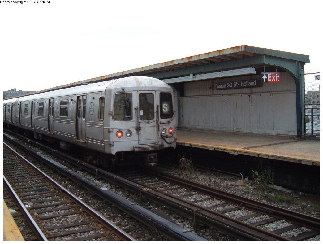 (149k, 1044x788)<br><b>Country:</b> United States<br><b>City:</b> New York<br><b>System:</b> New York City Transit<br><b>Line:</b> IND Rockaway<br><b>Location:</b> Beach 90th Street/Holland <br><b>Route:</b> S<br><b>Car:</b> R-44 (St. Louis, 1971-73) 5356 <br><b>Photo by:</b> Chris M.<br><b>Date:</b> 6/9/2007<br><b>Viewed (this week/total):</b> 1 / 1623