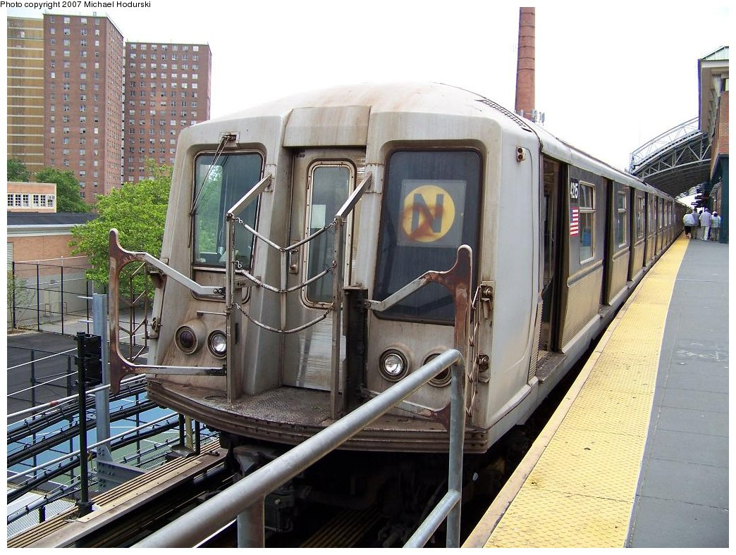 (216k, 1044x788)<br><b>Country:</b> United States<br><b>City:</b> New York<br><b>System:</b> New York City Transit<br><b>Location:</b> Coney Island/Stillwell Avenue<br><b>Route:</b> N<br><b>Car:</b> R-40 (St. Louis, 1968)  4215 <br><b>Photo by:</b> Michael Hodurski<br><b>Date:</b> 6/10/2007<br><b>Viewed (this week/total):</b> 2 / 1958