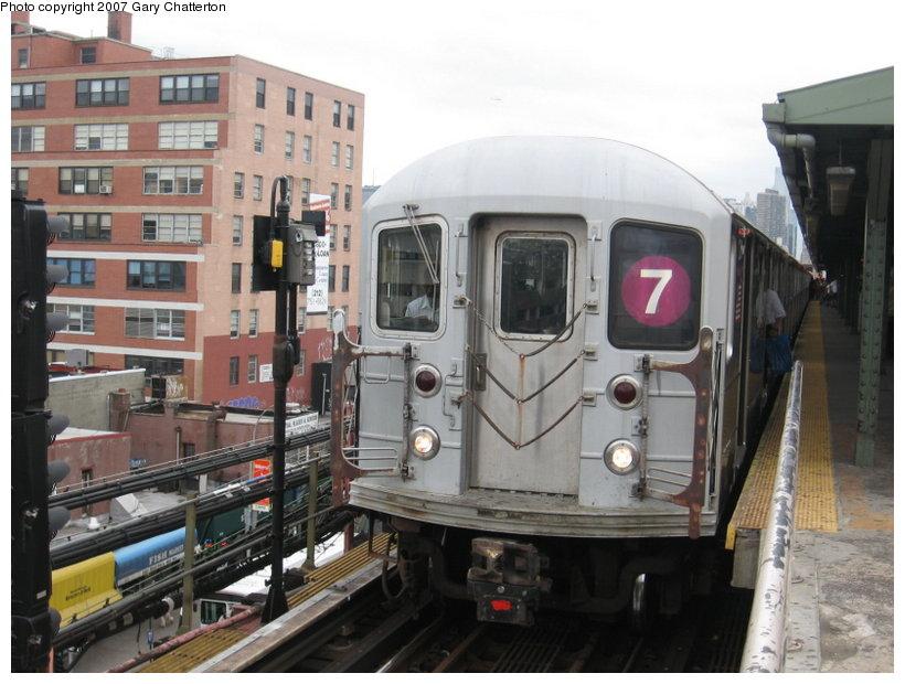 (110k, 820x620)<br><b>Country:</b> United States<br><b>City:</b> New York<br><b>System:</b> New York City Transit<br><b>Line:</b> IRT Flushing Line<br><b>Location:</b> Queensborough Plaza <br><b>Route:</b> 7<br><b>Car:</b> R-62A (Bombardier, 1984-1987)  2081 <br><b>Photo by:</b> Gary Chatterton<br><b>Date:</b> 6/13/2007<br><b>Viewed (this week/total):</b> 1 / 1762