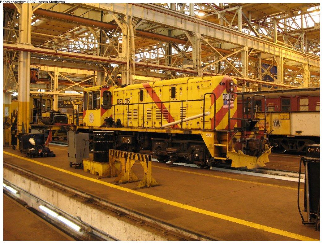 (240k, 1044x788)<br><b>Country:</b> United States<br><b>City:</b> New York<br><b>System:</b> New York City Transit<br><b>Location:</b> Coney Island Shop/Overhaul & Repair Shop<br><b>Car:</b> R-77E Locomotive  E05 <br><b>Photo by:</b> James Matthews<br><b>Date:</b> 4/24/2007<br><b>Viewed (this week/total):</b> 2 / 1683