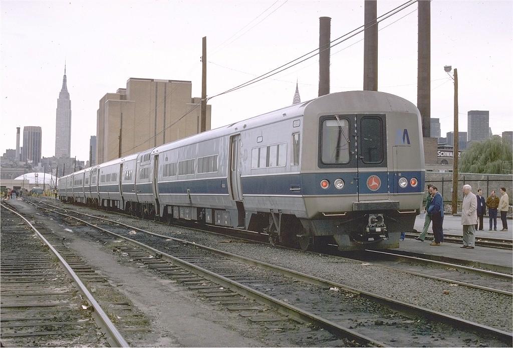 (223k, 1024x695)<br><b>Country:</b> United States<br><b>City:</b> New York<br><b>System:</b> Long Island Rail Road<br><b>Line:</b> LIRR Long Island City<br><b>Location:</b> Long Island City <br><b>Car:</b> LIRR GE/Budd Garrett GT-1 (Gas Turbine Electric) Prototype 4003 <br><b>Photo by:</b> Ed McKernan<br><b>Collection of:</b> Joe Testagrose<br><b>Date:</b> 11/13/1977<br><b>Viewed (this week/total):</b> 6 / 2808