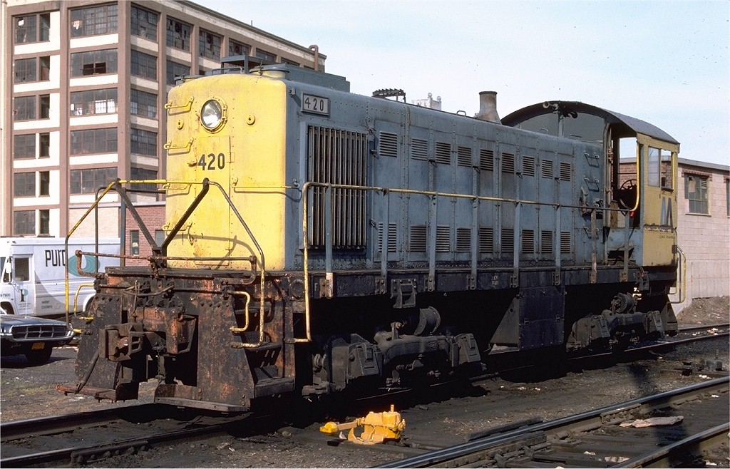 (225k, 1024x658)<br><b>Country:</b> United States<br><b>City:</b> New York<br><b>System:</b> Long Island Rail Road<br><b>Line:</b> LIRR Long Island City<br><b>Location:</b> Long Island City <br><b>Car:</b> LIRR Alco S-1  420 <br><b>Photo by:</b> Ed McKernan<br><b>Collection of:</b> Joe Testagrose<br><b>Date:</b> 6/1976<br><b>Viewed (this week/total):</b> 2 / 957