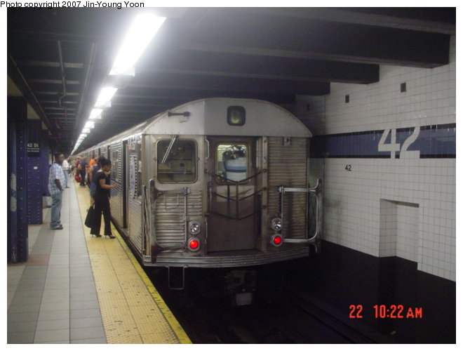 (61k, 660x500)<br><b>Country:</b> United States<br><b>City:</b> New York<br><b>System:</b> New York City Transit<br><b>Line:</b> IND 8th Avenue Line<br><b>Location:</b> 42nd Street/Port Authority Bus Terminal <br><b>Route:</b> C<br><b>Car:</b> R-32 (Budd, 1964)  3357 <br><b>Photo by:</b> Jin-Young Yoon<br><b>Date:</b> 6/22/2007<br><b>Viewed (this week/total):</b> 0 / 3175