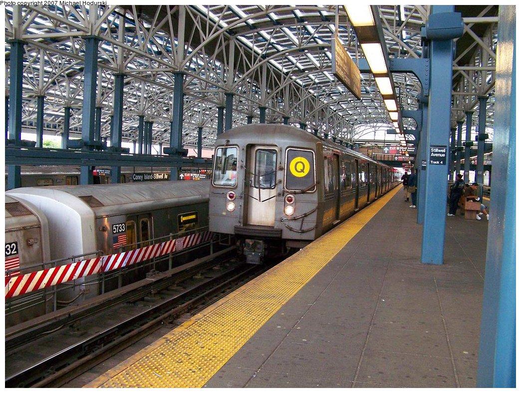 (284k, 1044x788)<br><b>Country:</b> United States<br><b>City:</b> New York<br><b>System:</b> New York City Transit<br><b>Location:</b> Coney Island/Stillwell Avenue<br><b>Route:</b> Q<br><b>Car:</b> R-68A (Kawasaki, 1988-1989)  5166 <br><b>Photo by:</b> Michael Hodurski<br><b>Date:</b> 6/14/2007<br><b>Viewed (this week/total):</b> 2 / 2081