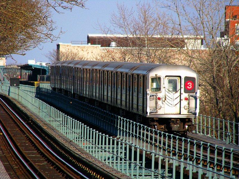 (190k, 800x600)<br><b>Country:</b> United States<br><b>City:</b> New York<br><b>System:</b> New York City Transit<br><b>Line:</b> IRT Brooklyn Line<br><b>Location:</b> Saratoga Avenue <br><b>Route:</b> 3<br><b>Car:</b> R-62 (Kawasaki, 1983-1985)   <br><b>Photo by:</b> Bill E.<br><b>Date:</b> 3/7/2010<br><b>Viewed (this week/total):</b> 1 / 997