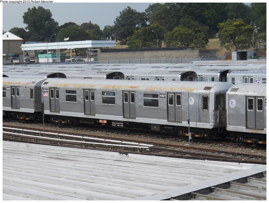 (309k, 1044x788)<br><b>Country:</b> United States<br><b>City:</b> New York<br><b>System:</b> New York City Transit<br><b>Location:</b> East New York Yard/Shops<br><b>Car:</b> R-42 (St. Louis, 1969-1970)  4821 <br><b>Photo by:</b> Robert Mencher<br><b>Date:</b> 8/10/2010<br><b>Viewed (this week/total):</b> 1 / 714