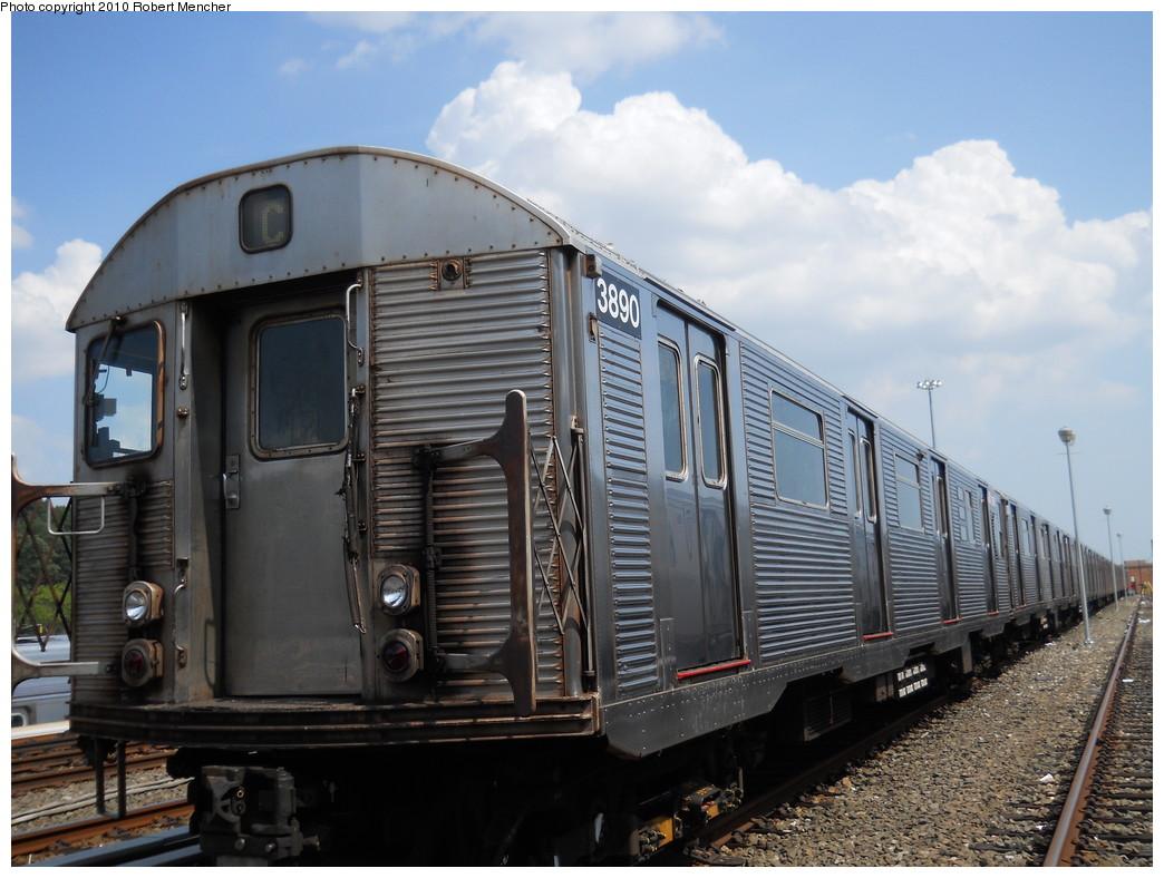 (262k, 1044x788)<br><b>Country:</b> United States<br><b>City:</b> New York<br><b>System:</b> New York City Transit<br><b>Location:</b> East New York Yard/Shops<br><b>Car:</b> R-32 (Budd, 1964)  3890 <br><b>Photo by:</b> Robert Mencher<br><b>Date:</b> 8/11/2010<br><b>Viewed (this week/total):</b> 0 / 598