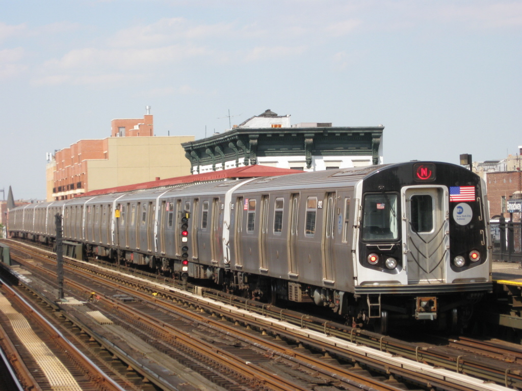 (344k, 1024x768)<br><b>Country:</b> United States<br><b>City:</b> New York<br><b>System:</b> New York City Transit<br><b>Line:</b> BMT Astoria Line<br><b>Location:</b> Broadway <br><b>Route:</b> N<br><b>Car:</b> R-160B (Option 1) (Kawasaki, 2008-2009)  9112 <br><b>Photo by:</b> Jorge Catayi<br><b>Date:</b> 5/25/2009<br><b>Viewed (this week/total):</b> 0 / 1000