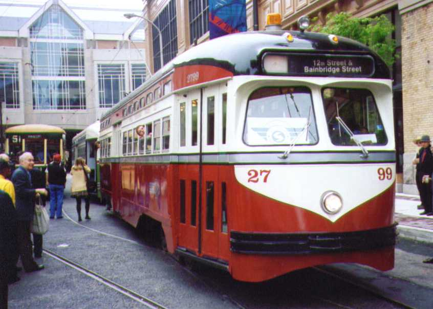 (53k, 846x604)<br><b>Country:</b> United States<br><b>City:</b> Philadelphia, PA<br><b>System:</b> SEPTA (or Predecessor)<br><b>Line:</b> Rt. 23-Germantown <br><b>Location:</b> 12th/Filbert <br><b>Car:</b> PTC/SEPTA Postwar All-electric PCC (St.Louis, 1947)  2799 <br><b>Photo by:</b> Bob Wright<br><b>Date:</b> 5/1995<br><b>Viewed (this week/total):</b> 0 / 774