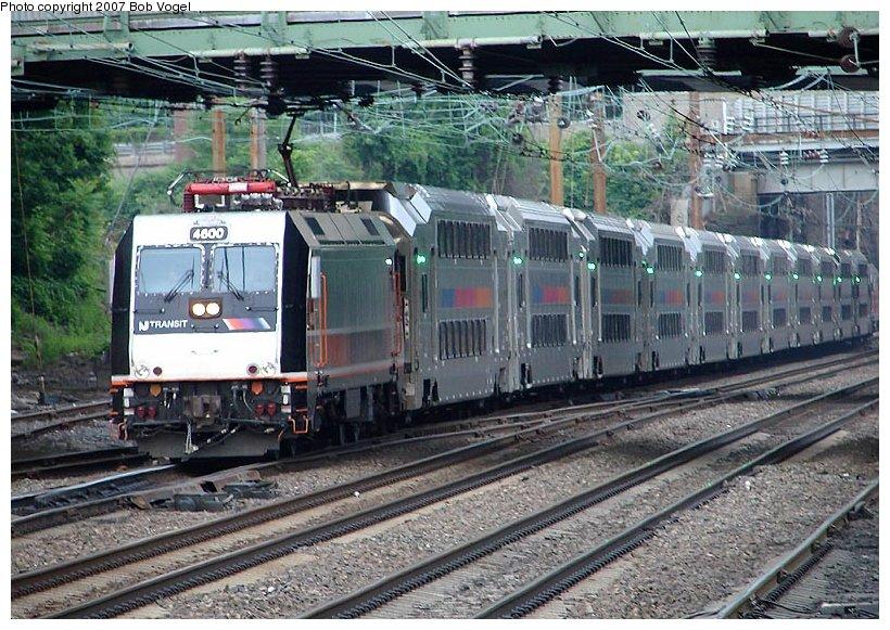 (152k, 820x581)<br><b>Country:</b> United States<br><b>System:</b> Northeast Corridor (NJ) (Amtrak/NJTransit)<br><b>Line:</b> Northeast Corridor<br><b>Location:</b> Trenton<br><b>Car:</b> NJT ALP-46 4600 <br><b>Photo by:</b> Bob Vogel<br><b>Date:</b> 6/25/2007<br><b>Viewed (this week/total):</b> 1 / 3267