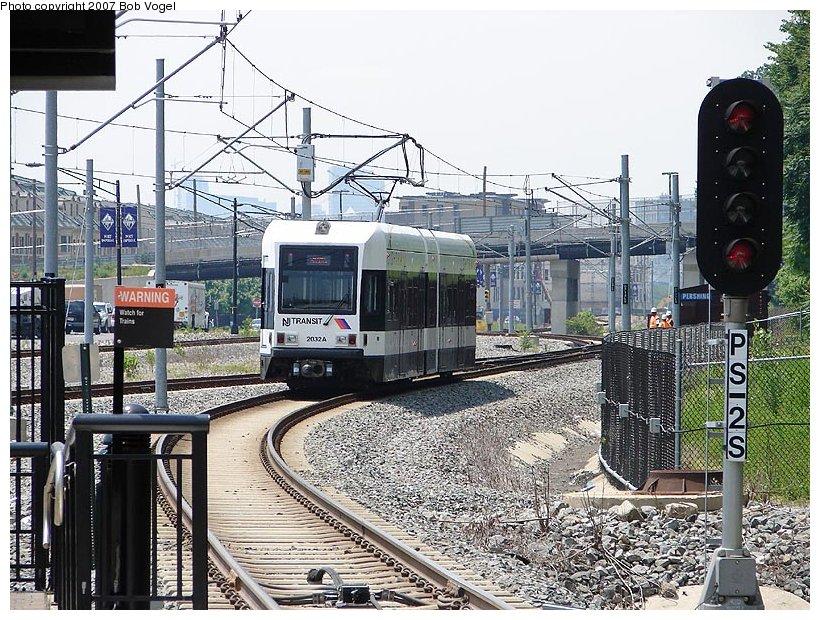(178k, 820x620)<br><b>Country:</b> United States<br><b>City:</b> Weehawken, NJ<br><b>System:</b> Hudson Bergen Light Rail<br><b>Location:</b> Port Imperial <br><b>Car:</b> NJT-HBLR LRV (Kinki-Sharyo, 1998-99)  2032 <br><b>Photo by:</b> Bob Vogel<br><b>Date:</b> 6/25/2007<br><b>Viewed (this week/total):</b> 2 / 1256