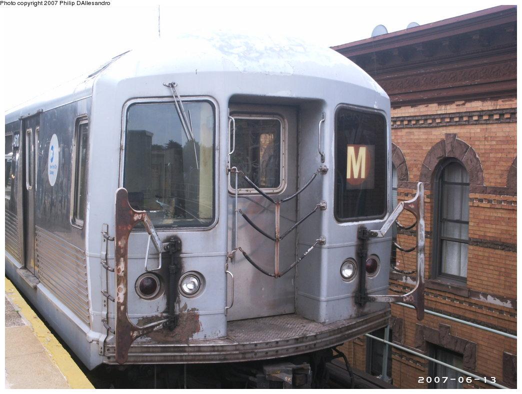(160k, 1044x788)<br><b>Country:</b> United States<br><b>City:</b> New York<br><b>System:</b> New York City Transit<br><b>Line:</b> BMT Myrtle Avenue Line<br><b>Location:</b> Seneca Avenue <br><b>Route:</b> M<br><b>Car:</b> R-42 (St. Louis, 1969-1970)  4610 <br><b>Photo by:</b> Philip D'Allesandro<br><b>Date:</b> 6/13/2007<br><b>Viewed (this week/total):</b> 0 / 2030