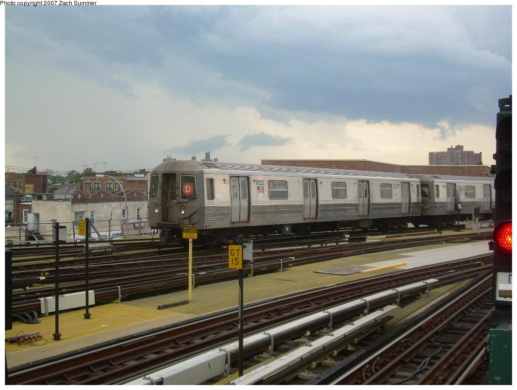(193k, 1044x788)<br><b>Country:</b> United States<br><b>City:</b> New York<br><b>System:</b> New York City Transit<br><b>Location:</b> Coney Island/Stillwell Avenue<br><b>Route:</b> D<br><b>Car:</b> R-68 (Westinghouse-Amrail, 1986-1988)  2648 <br><b>Photo by:</b> Zach Summer<br><b>Date:</b> 6/12/2007<br><b>Viewed (this week/total):</b> 1 / 1747