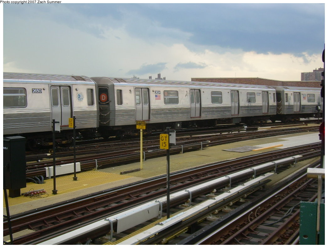 (205k, 1044x788)<br><b>Country:</b> United States<br><b>City:</b> New York<br><b>System:</b> New York City Transit<br><b>Location:</b> Coney Island/Stillwell Avenue<br><b>Route:</b> D<br><b>Car:</b> R-68 (Westinghouse-Amrail, 1986-1988)  2624 <br><b>Photo by:</b> Zach Summer<br><b>Date:</b> 6/12/2007<br><b>Viewed (this week/total):</b> 0 / 2051