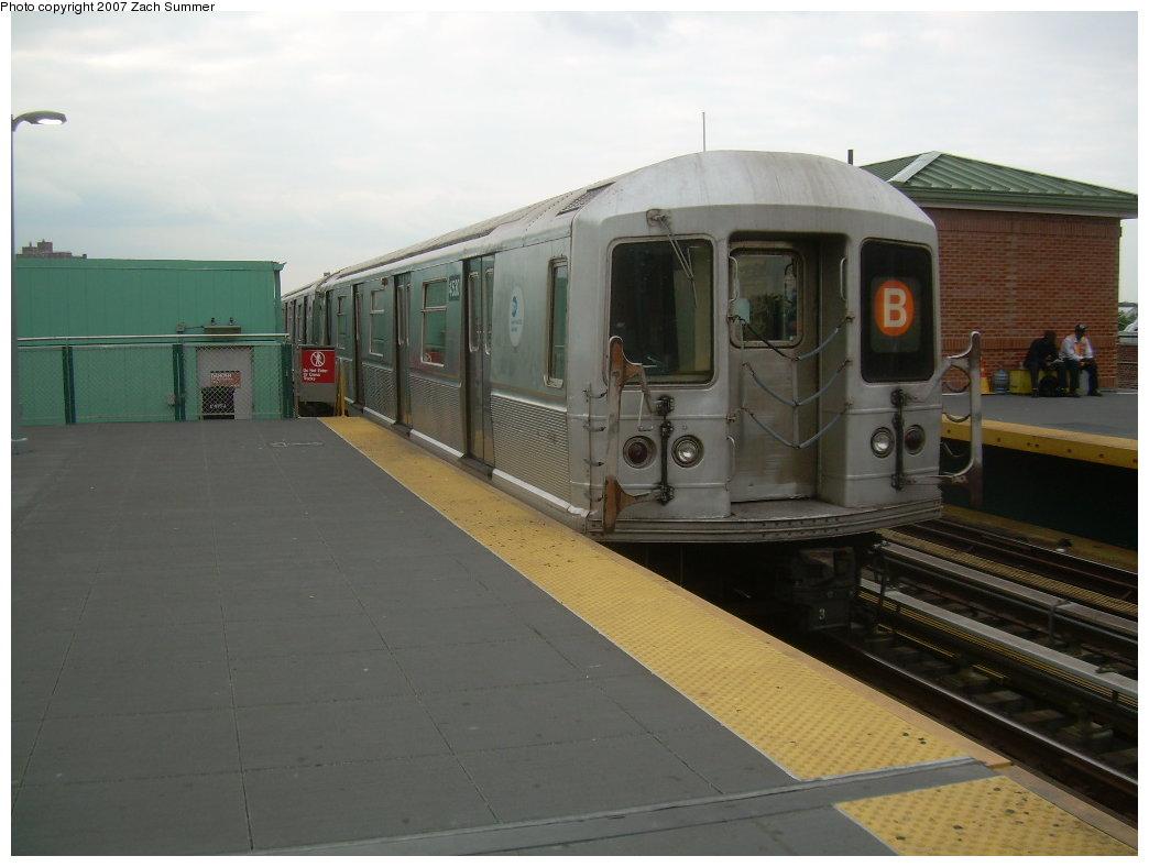 (156k, 1044x788)<br><b>Country:</b> United States<br><b>City:</b> New York<br><b>System:</b> New York City Transit<br><b>Location:</b> Coney Island/Stillwell Avenue<br><b>Route:</b> B<br><b>Car:</b> R-40M (St. Louis, 1969) 45xx <br><b>Photo by:</b> Zach Summer<br><b>Date:</b> 6/14/2007<br><b>Viewed (this week/total):</b> 0 / 2169
