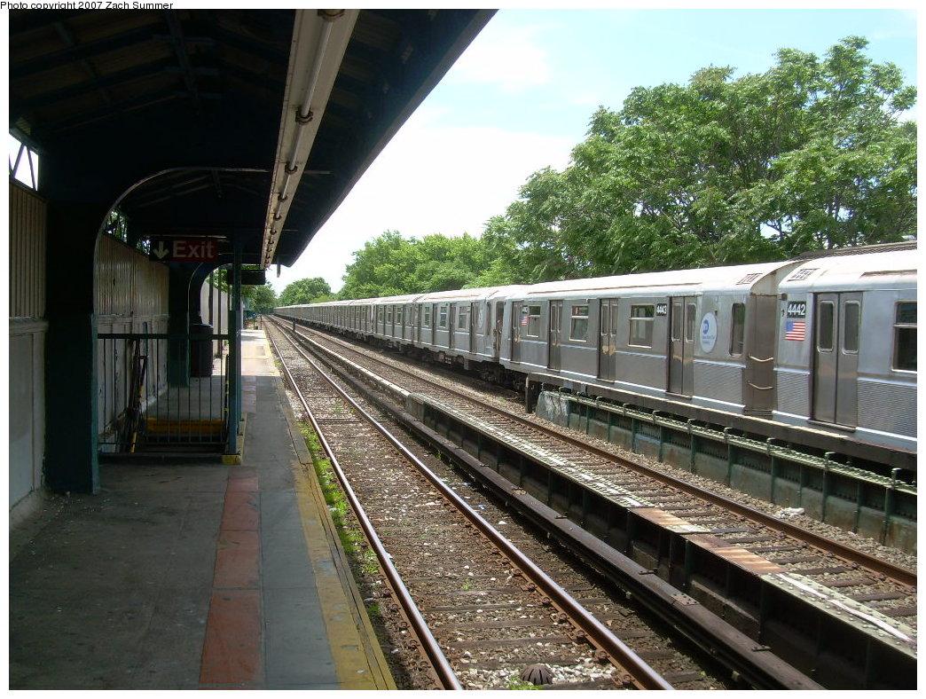 (263k, 1044x788)<br><b>Country:</b> United States<br><b>City:</b> New York<br><b>System:</b> New York City Transit<br><b>Line:</b> BMT Brighton Line<br><b>Location:</b> Neck Road <br><b>Car:</b> R-40 (St. Louis, 1968)  4443 <br><b>Photo by:</b> Zach Summer<br><b>Date:</b> 6/24/2007<br><b>Notes:</b> Weekend layup.<br><b>Viewed (this week/total):</b> 0 / 1607