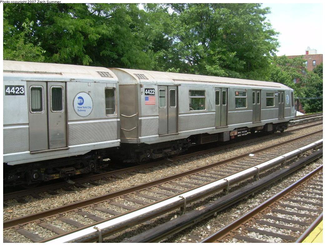 (294k, 1044x788)<br><b>Country:</b> United States<br><b>City:</b> New York<br><b>System:</b> New York City Transit<br><b>Line:</b> BMT Brighton Line<br><b>Location:</b> Neck Road <br><b>Car:</b> R-40 (St. Louis, 1968)  4422 <br><b>Photo by:</b> Zach Summer<br><b>Date:</b> 6/24/2007<br><b>Notes:</b> Weekend layup.<br><b>Viewed (this week/total):</b> 1 / 1855