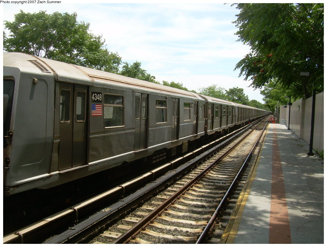 (247k, 1044x788)<br><b>Country:</b> United States<br><b>City:</b> New York<br><b>System:</b> New York City Transit<br><b>Line:</b> BMT Brighton Line<br><b>Location:</b> Neck Road <br><b>Car:</b> R-40 (St. Louis, 1968)  4348 <br><b>Photo by:</b> Zach Summer<br><b>Date:</b> 6/24/2007<br><b>Notes:</b> Weekend layup.<br><b>Viewed (this week/total):</b> 0 / 2173