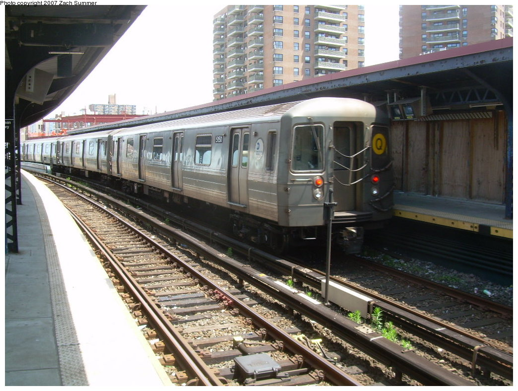 (240k, 1044x788)<br><b>Country:</b> United States<br><b>City:</b> New York<br><b>System:</b> New York City Transit<br><b>Line:</b> BMT Brighton Line<br><b>Location:</b> Ocean Parkway <br><b>Route:</b> Q<br><b>Car:</b> R-68A (Kawasaki, 1988-1989)  5150 <br><b>Photo by:</b> Zach Summer<br><b>Date:</b> 6/24/2007<br><b>Viewed (this week/total):</b> 0 / 1514