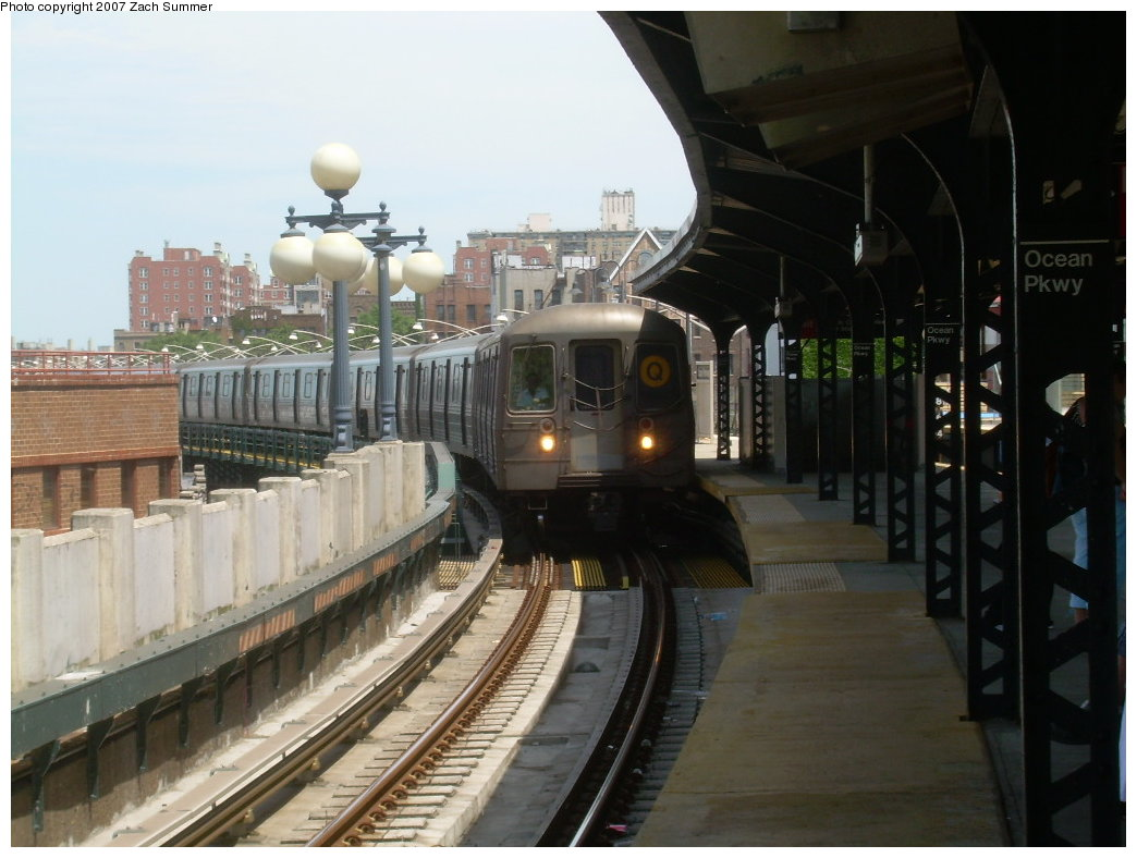 (183k, 1044x788)<br><b>Country:</b> United States<br><b>City:</b> New York<br><b>System:</b> New York City Transit<br><b>Line:</b> BMT Brighton Line<br><b>Location:</b> Ocean Parkway <br><b>Route:</b> Q<br><b>Car:</b> R-68A (Kawasaki, 1988-1989)   <br><b>Photo by:</b> Zach Summer<br><b>Date:</b> 6/24/2007<br><b>Viewed (this week/total):</b> 3 / 1799