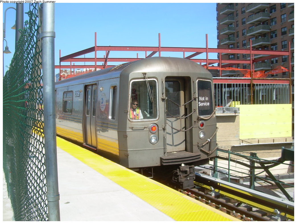 (240k, 1044x788)<br><b>Country:</b> United States<br><b>City:</b> New York<br><b>System:</b> New York City Transit<br><b>Line:</b> BMT Brighton Line<br><b>Location:</b> Ocean Parkway <br><b>Car:</b> R-68 (Westinghouse-Amrail, 1986-1988)  2708 <br><b>Photo by:</b> Zach Summer<br><b>Date:</b> 6/24/2007<br><b>Notes:</b> Not in service consist from the D line testing rebuilt Manhattan bound local track at Ocean Parkway.<br><b>Viewed (this week/total):</b> 0 / 2234