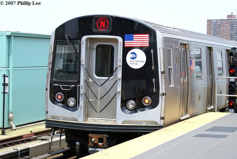 (116k, 898x601)<br><b>Country:</b> United States<br><b>City:</b> New York<br><b>System:</b> New York City Transit<br><b>Location:</b> Coney Island/Stillwell Avenue<br><b>Route:</b> N<br><b>Car:</b> R-160B (Kawasaki, 2005-2008)  8757 <br><b>Photo by:</b> Phillip Lee<br><b>Date:</b> 6/7/2007<br><b>Viewed (this week/total):</b> 0 / 1931