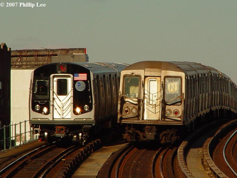 (72k, 800x600)<br><b>Country:</b> United States<br><b>City:</b> New York<br><b>System:</b> New York City Transit<br><b>Line:</b> BMT Astoria Line<br><b>Location:</b> 30th/Grand Aves. <br><b>Route:</b> N<br><b>Car:</b> R-160A/R-160B Series (Number Unknown)  <br><b>Photo by:</b> Phillip Lee<br><b>Date:</b> 2/7/2007<br><b>Viewed (this week/total):</b> 0 / 2809