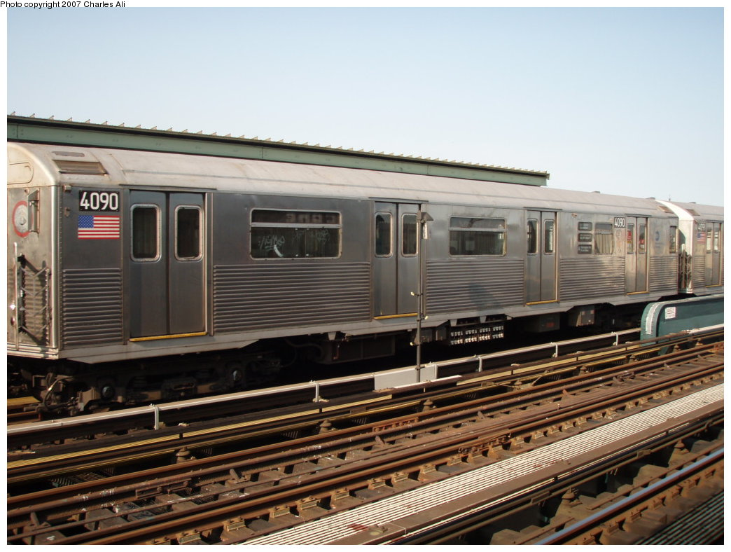 (187k, 1044x788)<br><b>Country:</b> United States<br><b>City:</b> New York<br><b>System:</b> New York City Transit<br><b>Line:</b> IND Fulton Street Line<br><b>Location:</b> Rockaway Boulevard <br><b>Route:</b> A<br><b>Car:</b> R-38 (St. Louis, 1966-1967)  4090 <br><b>Photo by:</b> Charles Ali<br><b>Date:</b> 9/17/2006<br><b>Viewed (this week/total):</b> 0 / 1387