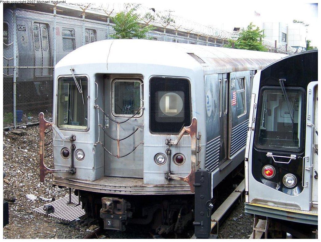 (262k, 1044x788)<br><b>Country:</b> United States<br><b>City:</b> New York<br><b>System:</b> New York City Transit<br><b>Location:</b> Rockaway Parkway (Canarsie) Yard<br><b>Car:</b> R-42 (St. Louis, 1969-1970)  4647 <br><b>Photo by:</b> Michael Hodurski<br><b>Date:</b> 6/22/2007<br><b>Viewed (this week/total):</b> 0 / 2306