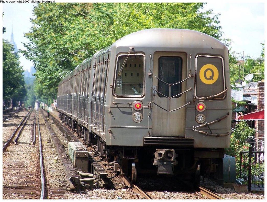 (294k, 1044x788)<br><b>Country:</b> United States<br><b>City:</b> New York<br><b>System:</b> New York City Transit<br><b>Line:</b> BMT Brighton Line<br><b>Location:</b> Kings Highway <br><b>Route:</b> Q<br><b>Car:</b> R-68A (Kawasaki, 1988-1989)  5146 <br><b>Photo by:</b> Michael Hodurski<br><b>Date:</b> 6/22/2007<br><b>Viewed (this week/total):</b> 4 / 1797