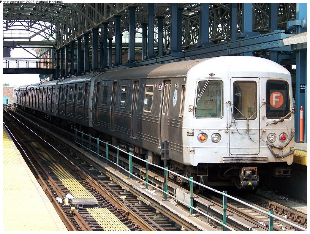 (272k, 1044x788)<br><b>Country:</b> United States<br><b>City:</b> New York<br><b>System:</b> New York City Transit<br><b>Location:</b> Coney Island/Stillwell Avenue<br><b>Route:</b> F<br><b>Car:</b> R-46 (Pullman-Standard, 1974-75) 5534 <br><b>Photo by:</b> Michael Hodurski<br><b>Date:</b> 6/19/2007<br><b>Viewed (this week/total):</b> 0 / 2201