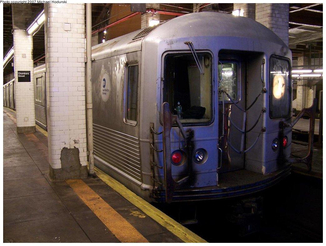 (175k, 1044x788)<br><b>Country:</b> United States<br><b>City:</b> New York<br><b>System:</b> New York City Transit<br><b>Line:</b> BMT Nassau Street/Jamaica Line<br><b>Location:</b> Chambers Street <br><b>Route:</b> J<br><b>Car:</b> R-42 (St. Louis, 1969-1970)   <br><b>Photo by:</b> Michael Hodurski<br><b>Date:</b> 6/23/2007<br><b>Viewed (this week/total):</b> 5 / 2200