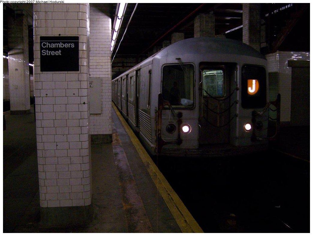 (136k, 1044x788)<br><b>Country:</b> United States<br><b>City:</b> New York<br><b>System:</b> New York City Transit<br><b>Line:</b> BMT Nassau Street/Jamaica Line<br><b>Location:</b> Chambers Street <br><b>Route:</b> J<br><b>Car:</b> R-42 (St. Louis, 1969-1970)   <br><b>Photo by:</b> Michael Hodurski<br><b>Date:</b> 6/23/2007<br><b>Viewed (this week/total):</b> 0 / 2140