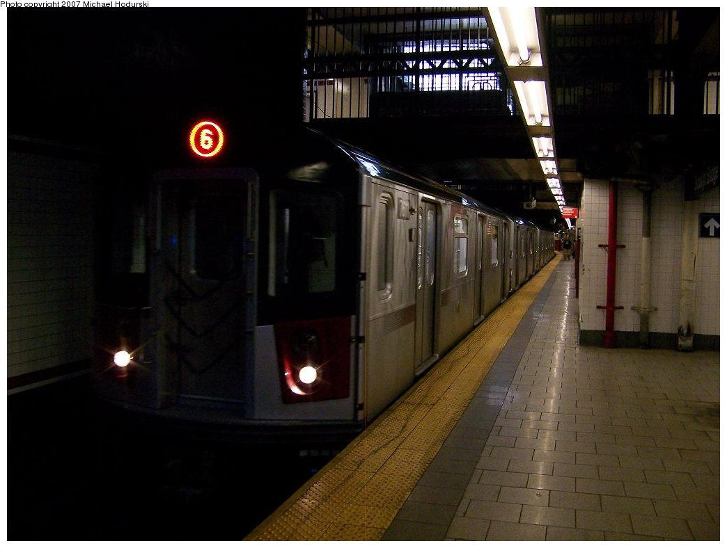 (134k, 1044x788)<br><b>Country:</b> United States<br><b>City:</b> New York<br><b>System:</b> New York City Transit<br><b>Line:</b> IRT East Side Line<br><b>Location:</b> Brooklyn Bridge/City Hall <br><b>Route:</b> 6<br><b>Car:</b> R-142A (Option Order, Kawasaki, 2002-2003)  7611 <br><b>Photo by:</b> Michael Hodurski<br><b>Date:</b> 6/23/2007<br><b>Viewed (this week/total):</b> 0 / 3768
