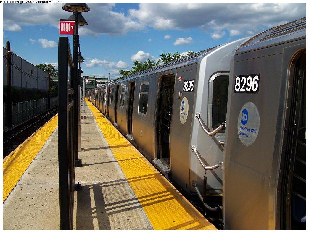 (191k, 1044x788)<br><b>Country:</b> United States<br><b>City:</b> New York<br><b>System:</b> New York City Transit<br><b>Line:</b> BMT Canarsie Line<br><b>Location:</b> East 105th Street <br><b>Route:</b> L<br><b>Car:</b> R-143 (Kawasaki, 2001-2002) 8295 <br><b>Photo by:</b> Michael Hodurski<br><b>Date:</b> 6/22/2007<br><b>Viewed (this week/total):</b> 0 / 3095