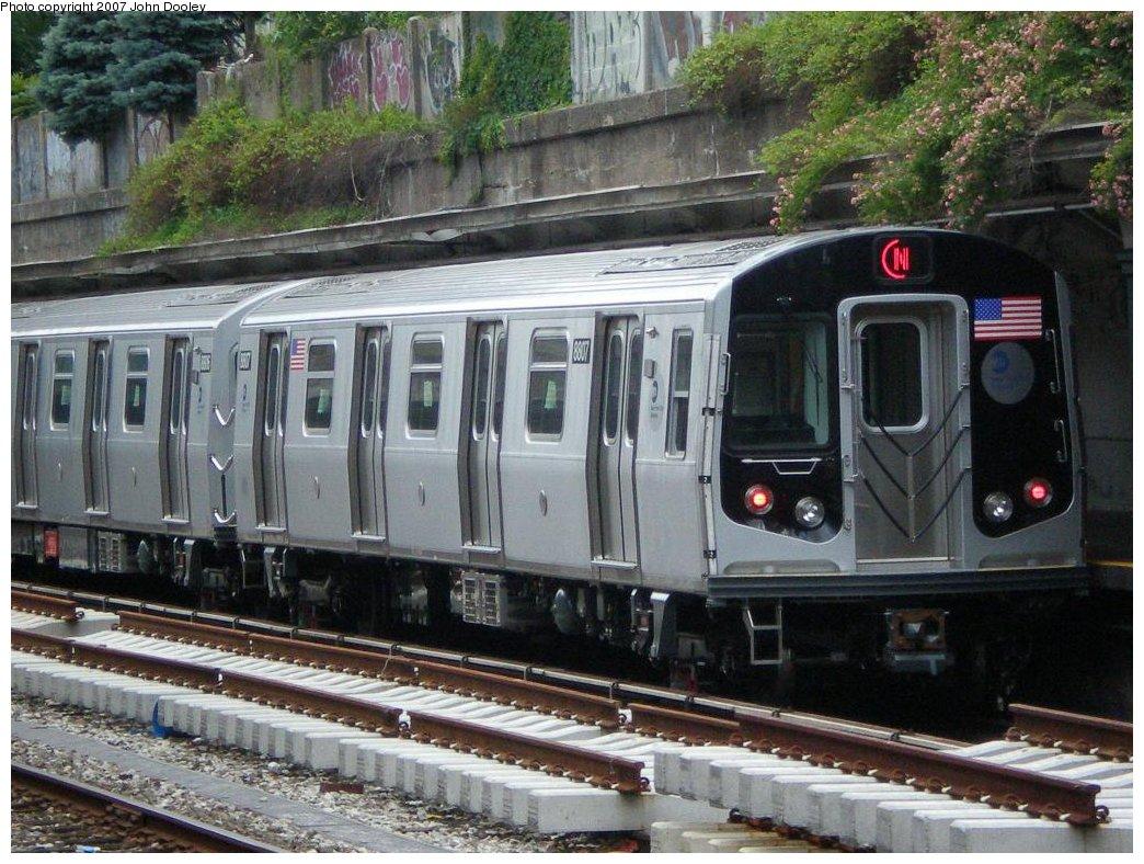 (215k, 1044x788)<br><b>Country:</b> United States<br><b>City:</b> New York<br><b>System:</b> New York City Transit<br><b>Line:</b> BMT Sea Beach Line<br><b>Location:</b> Bay Parkway (22nd Avenue) <br><b>Route:</b> Testing<br><b>Car:</b> R-160B (Kawasaki, 2005-2008)  8817 <br><b>Photo by:</b> John Dooley<br><b>Collection of:</b> Michael Hodurski<br><b>Date:</b> 6/22/2007<br><b>Viewed (this week/total):</b> 0 / 2316